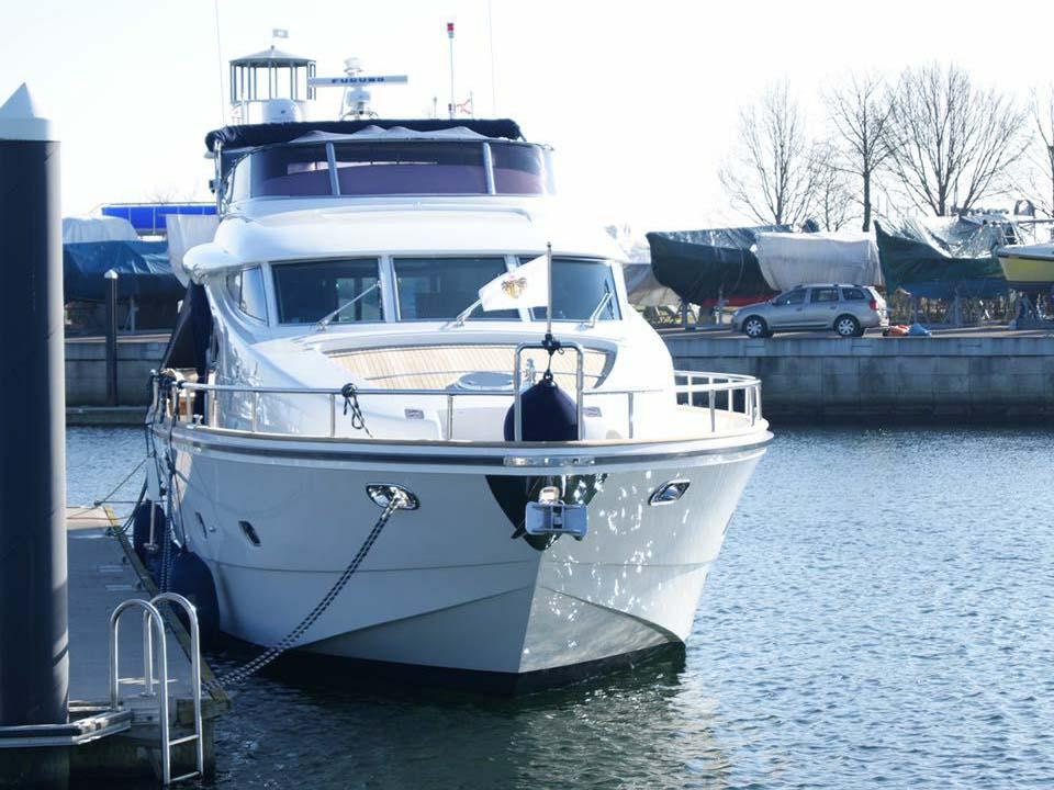 Yachtpflege Oberflaechenschutz